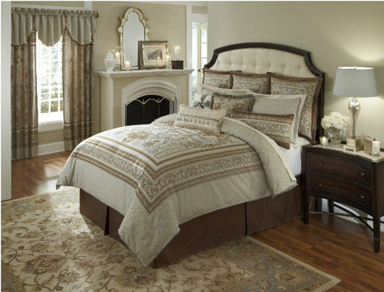 Glendale counties heirloom bedding