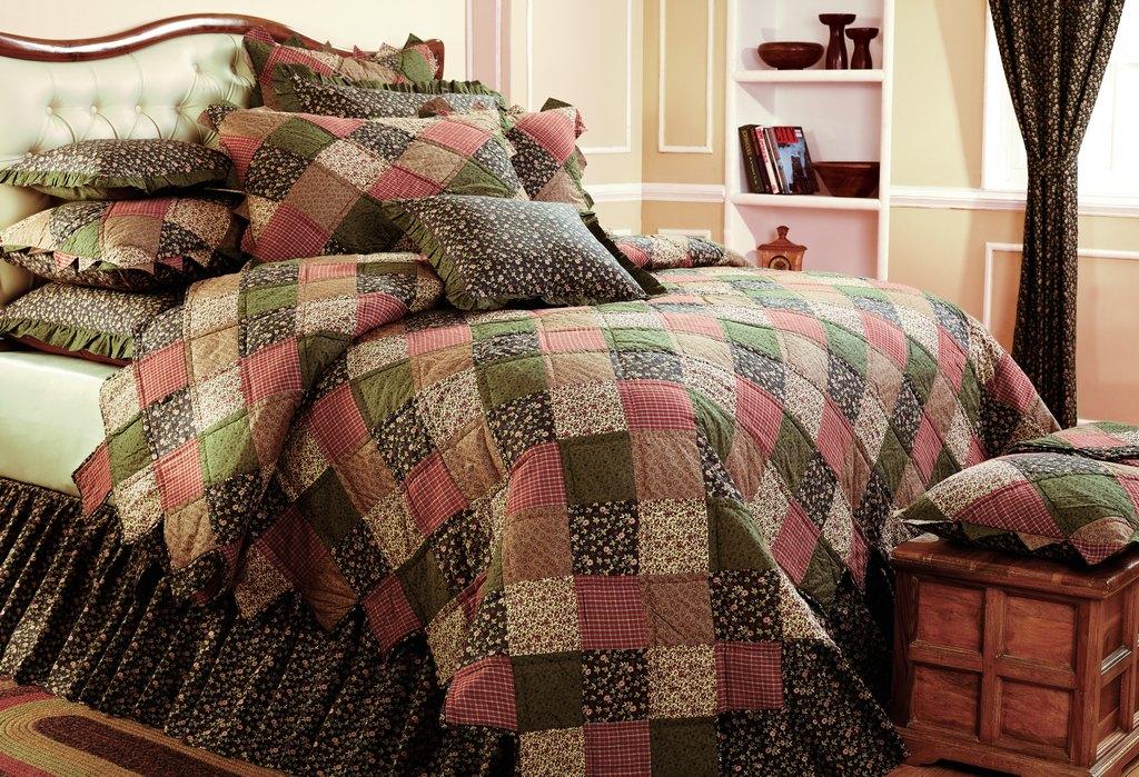 Glendale AZ heirloom bedding